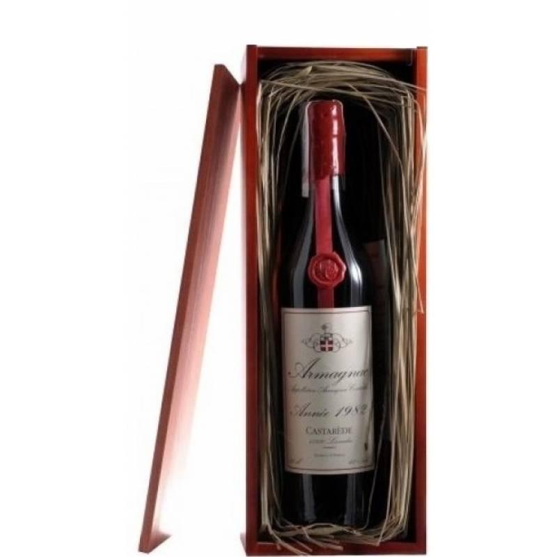 Armagnac Castarede, wooden box, 1982 - 0,7 л Castarede