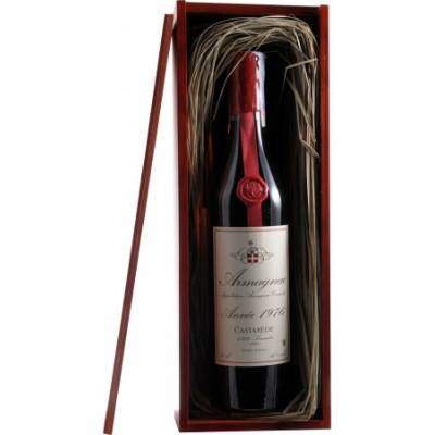 Armagnac Castarede, wooden box 1976 - ( 0,7 л )