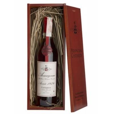 Armagnac Castarede, wooden box 1979 - ( 0,7 л )